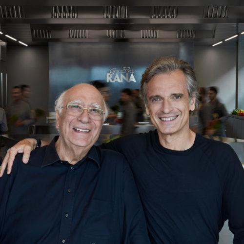 Giovanni Rana e Gian Luca Rana in cucina